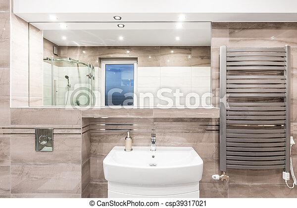 Heizung, badezimmer, beige, idee. Hoch, badezimmer, heizkörper ...