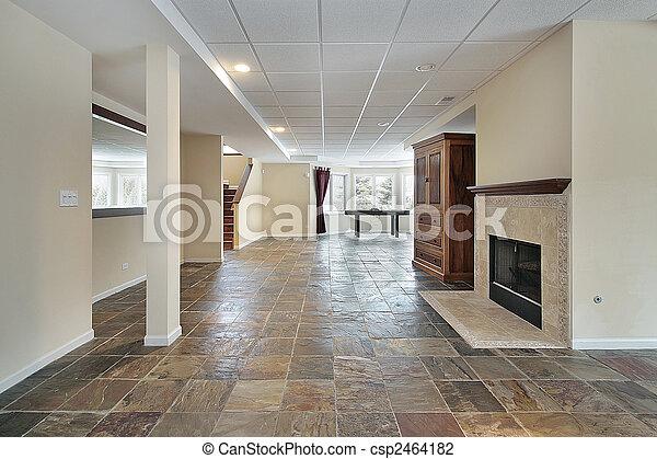 hem, lyxvara, källarvåning - csp2464182