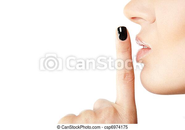 Una señal de silencio femenino - csp6974175