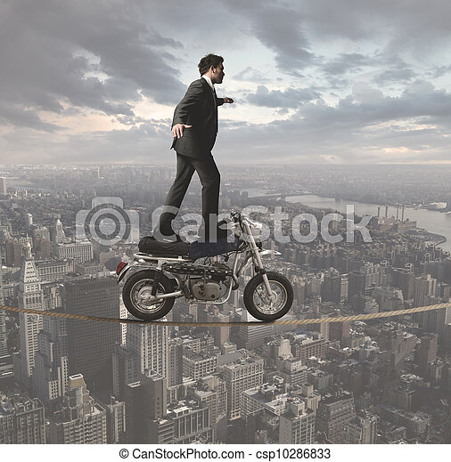 Geschäftsmann und akrobatische Herausforderungen - csp10286833