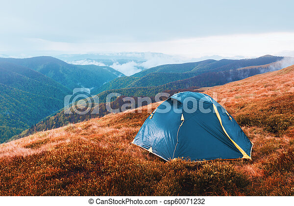 herbst, berge, zelt - csp60071232