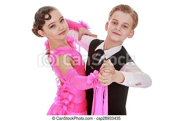 Hermosa pareja de baile juvenil, los niños hablan - csp28933435