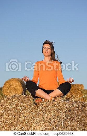 hermoso, elaboración, mujer, yoga - csp0629663