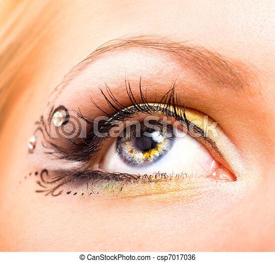hermoso, maquillaje, ojo - csp7017036