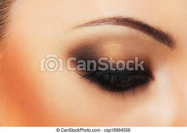 hermoso, maquillaje, ojo, womanish - csp18964556