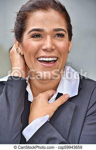 Sonriendo hermosa mujer de negocios - csp59943659