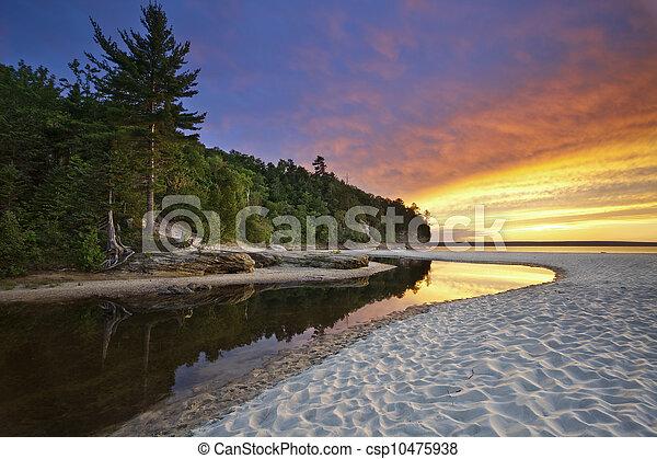 hermoso, paisaje., michigan - csp10475938
