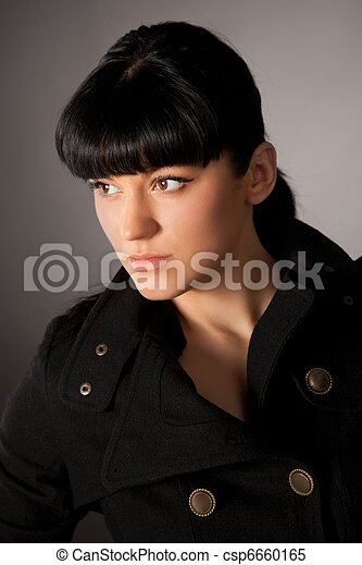 Retrato de hermosa chica - csp6660165