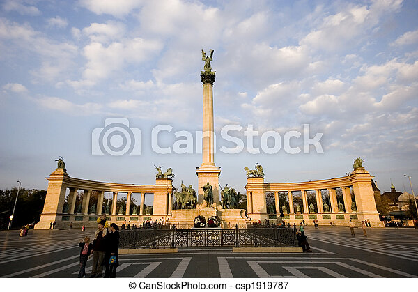 heroe\'s, 廣場, -, 著名的地方, 匈牙利, 布達佩斯 - csp1919787