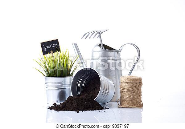 Herramientas de jardín - csp19037197