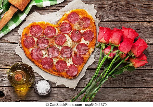 herz hat gestaltet, pizza - csp54241370
