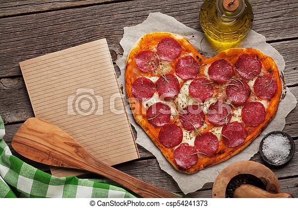 herz hat gestaltet, pizza - csp54241373