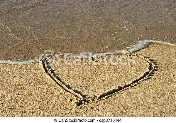 herz, sand - csp3716444