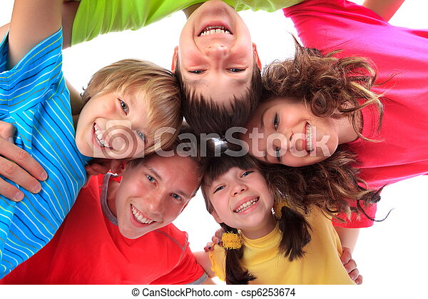 het glimlachen, kinderen, vrolijke  - csp6253674