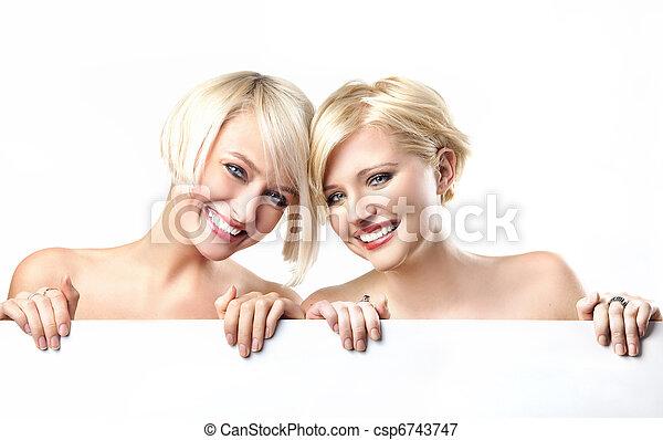 het glimlachen, witte , meiden, jonge, achtergrond - csp6743747