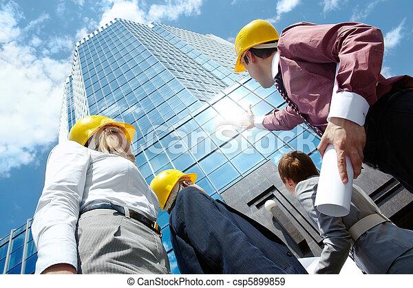 het kijken, gebouw - csp5899859