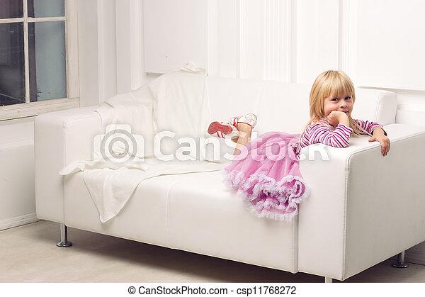 heureusement, sofa, peu, poser, girl - csp11768272