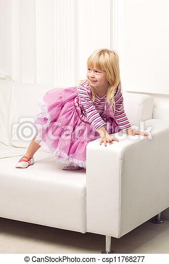 heureusement, sofa, peu, poser, girl - csp11768277
