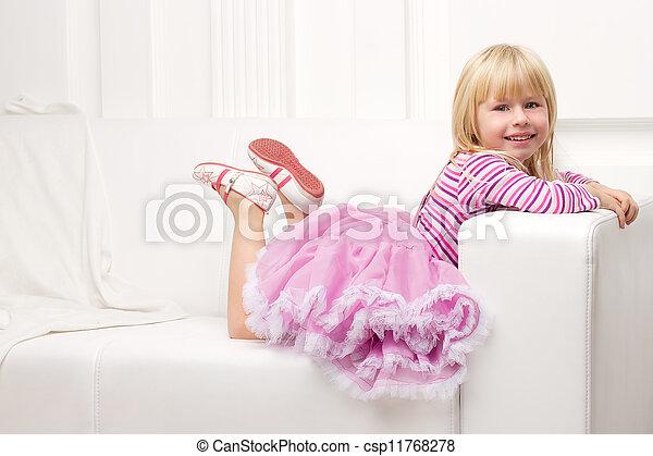 heureusement, sofa, peu, poser, girl - csp11768278