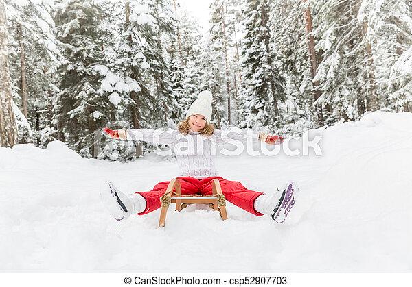 heureux, extérieur, hiver, enfant - csp52907703