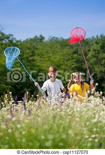 heureux, pré, enfants - csp11127070