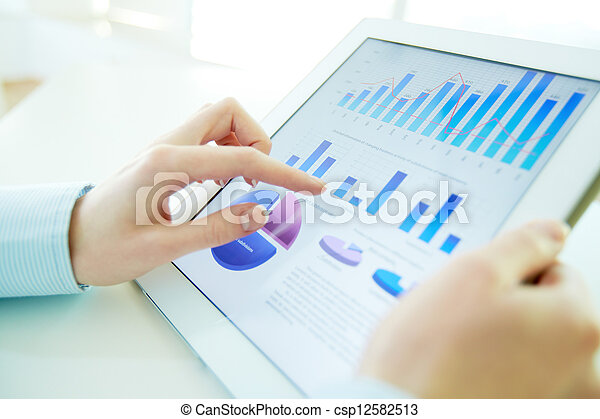 hi-tech, analyse - csp12582513