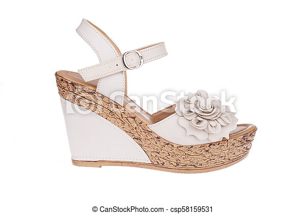 a0c5767a48f High heels shoe in nude color with flower - csp58159531
