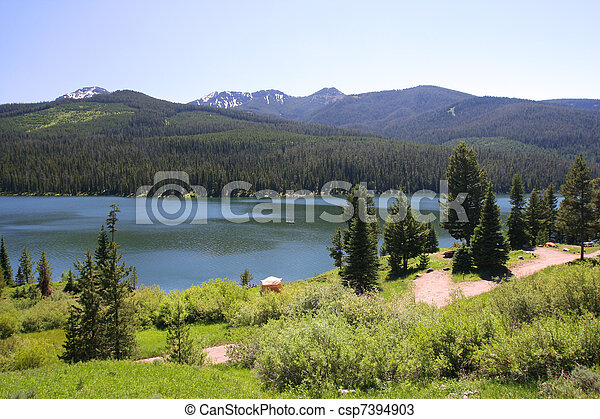 Highlite Lake at Gallatin National Forest, Bozeman, Montana, USA - csp7394903