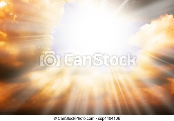 Himmelreligion - Sonnenstrahlen und Himmel - csp4404106