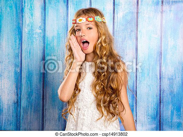 Pige til stor for hendes mund