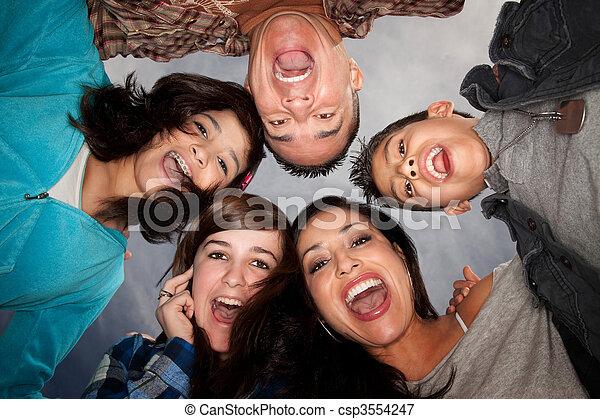 hispanic család - csp3554247