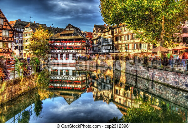 "histórico, ""petite, strasbourg, distrito, france"" - csp23123961"