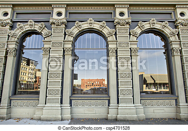 Historic Building in Downtown Salem Oregon 3 - csp4701528
