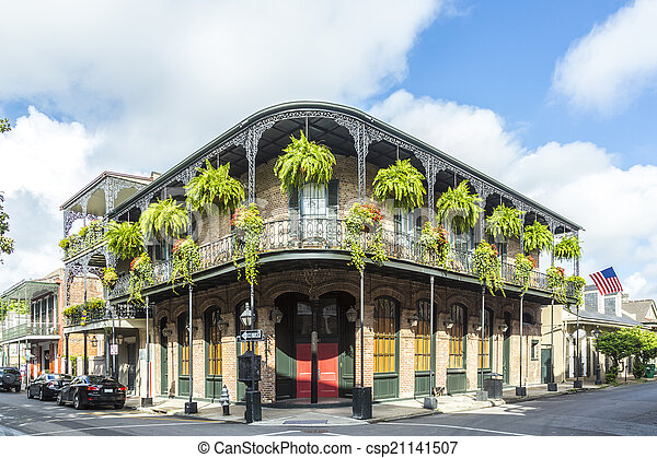 historic building in the French Quarter - csp21141507