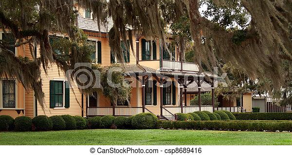 Historic building, Jeykll Island - csp8689416