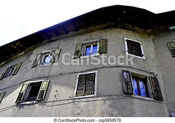 historic home - csp5659579
