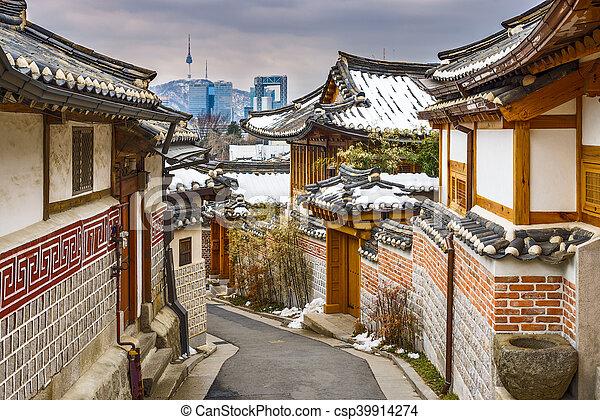 Historic Korean Neighborhood - csp39914274