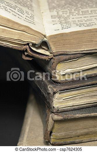 historique, livres, pile - csp7624305