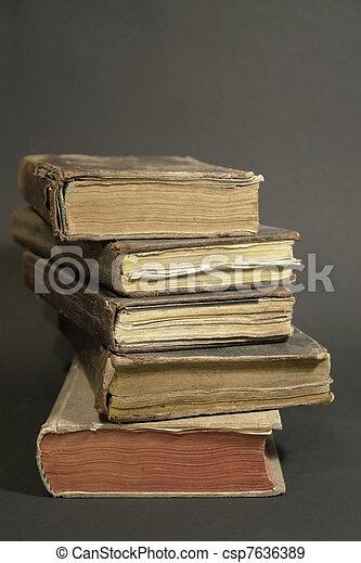 historique, livres, pile - csp7636389