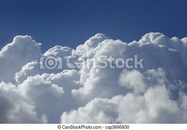 hoch, kumulus, höhe, wolkenhimmel - csp3695930