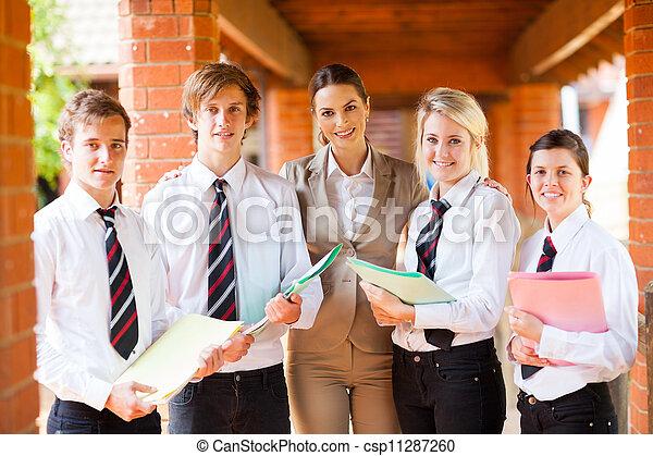 hoch, studenten, schule- lehrer - csp11287260