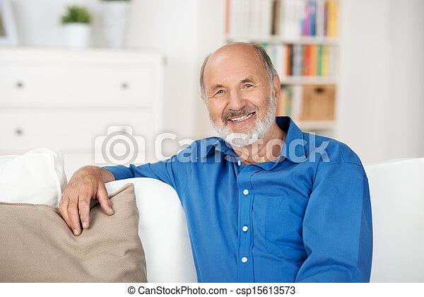 hogar, 3º edad, relajante, hombre - csp15613573