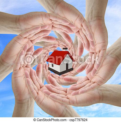 El concepto de seguro de casa - csp7797624