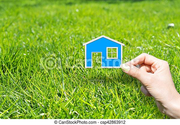 El concepto de seguro de casa - csp42863912