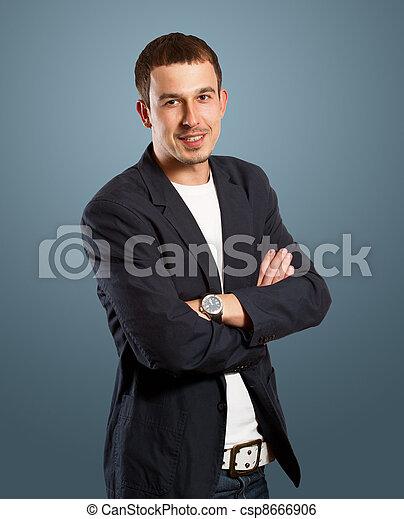 Hombre de negocios en traje - csp8666906