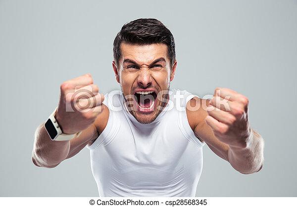 Excitado hombre apto - csp28568345