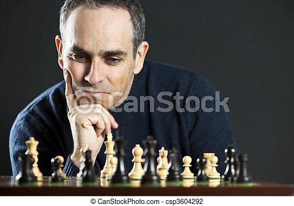 hombre, tablero del ajedrez - csp3604292