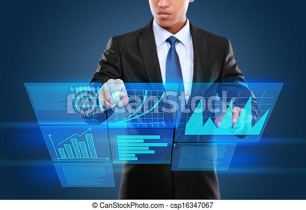 Hombre con tecnología interactiva - csp16347067