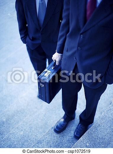 Hombres de negocios - csp1072519