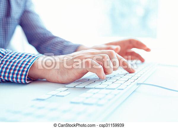 hombres, oficina, teclado, manos, trabajador, mecanografía, macho, o - csp31159939